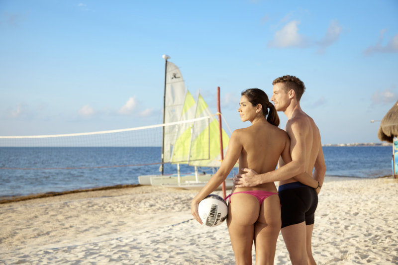 desire-riviera-beach-volleyball
